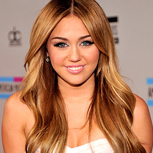 MileyCyrus_071025-1