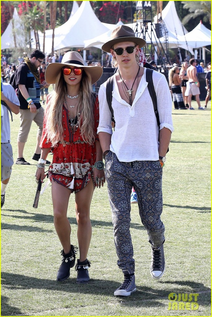 Indio, CA - Actress Vanessa Hudgens and her beau Austin Butler are all smiles for the final day of weekend 1 at the 2014 Coachella Music Festival.  Vanessa and Austin were as laid back as we have ever seen them for a fun weekend of good music and friends. AKM-GSI          April 13, 2014 To License These Photos, Please Contact : Steve Ginsburg (310) 505-8447 (323) 423-9397 steve@akmgsi.com sales@akmgsi.com or Maria Buda (917) 242-1505 mbuda@akmgsi.com ginsburgspalyinc@gmail.com