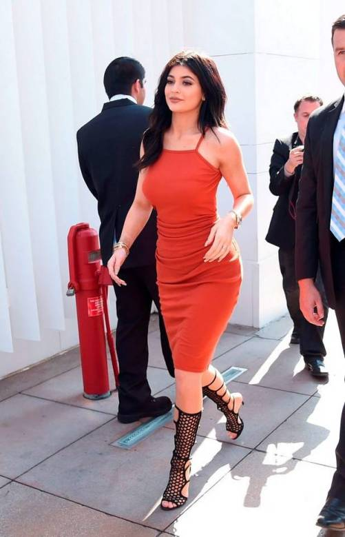 Kylie Jenner in a bodycon dress // Photo retrieved from independent.ie