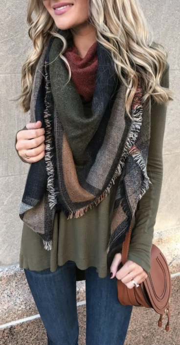 https://fashionetter.com/2017/06/09/46-stunning-fall-outfits-cardigan/stunning-fall-outfits-with-cardigan-3/